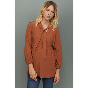 H&M MAMA Creped Blouse photo
