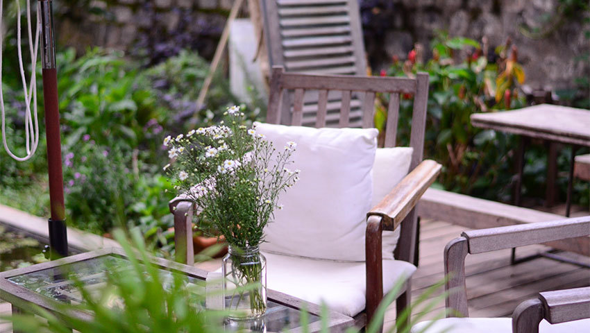 Weatherproof Patio Pieces You Can Keep Outside Year-Round