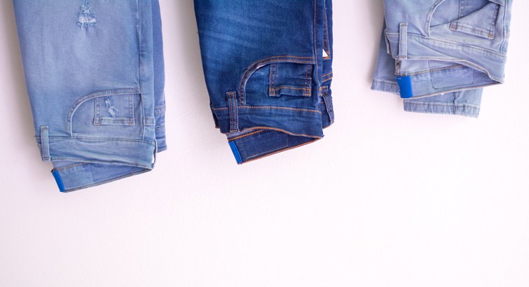 Found! The Best Jeans for Short Women, According to Stellar Reviews