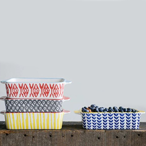Colorful bakeware set of four photo