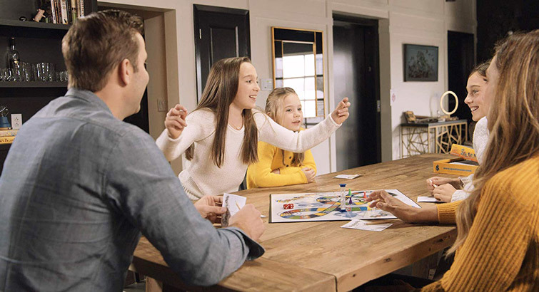 Fun-Filled Family Games To Play During The Holiday Season