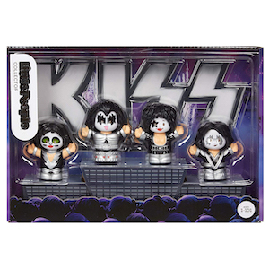 Fisher-Price Kiss by Little People photo