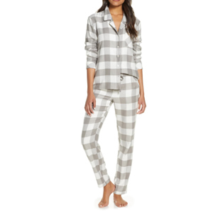 Whtie and gray plaid holiday pajama set from Nordstrom photo
