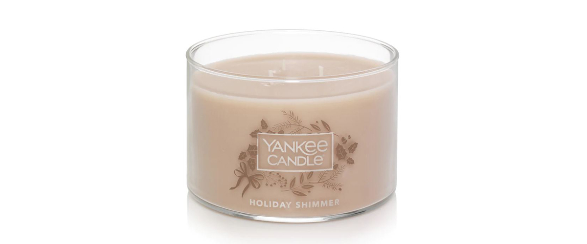 Holiday Shimmer 3-wick Yankee Candle from Kohls photo