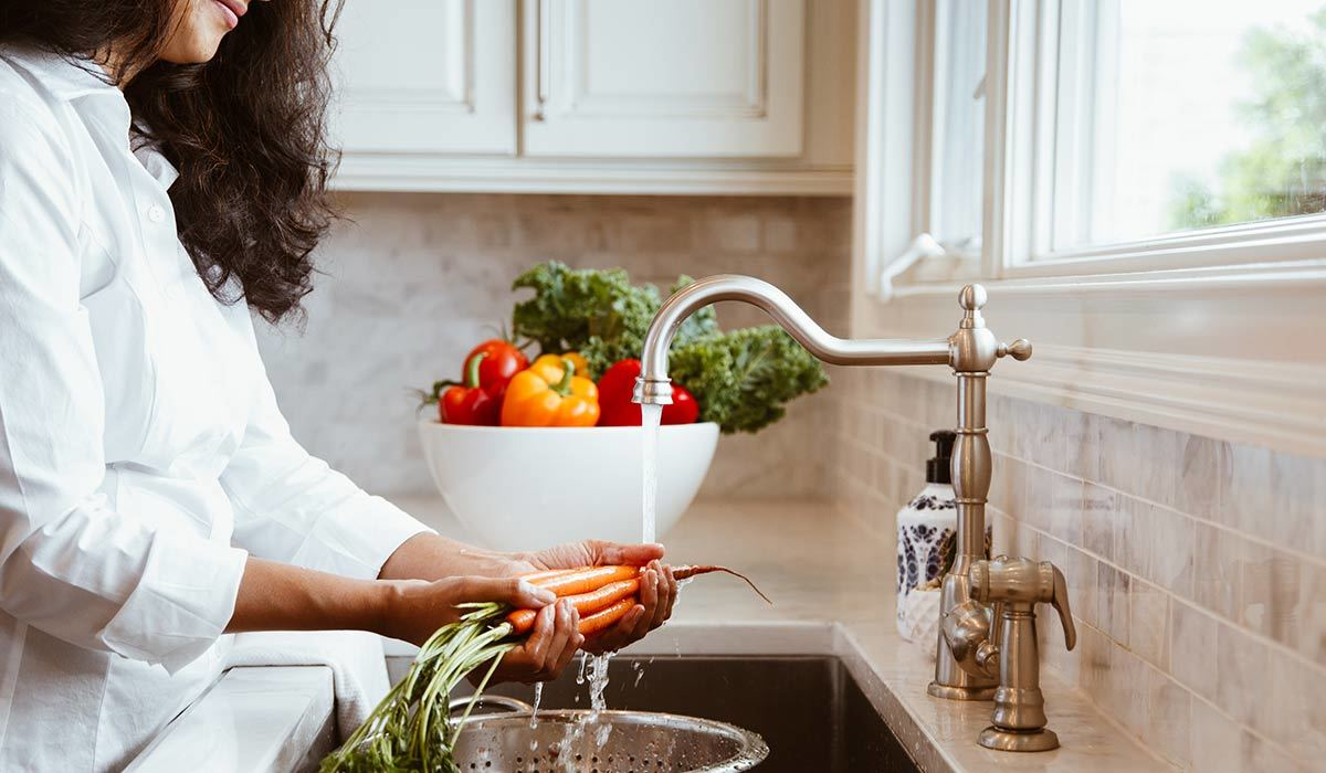 Renovating Your Kitchen? Opt for One of These Elevated and Innovative Hands-Free Faucets