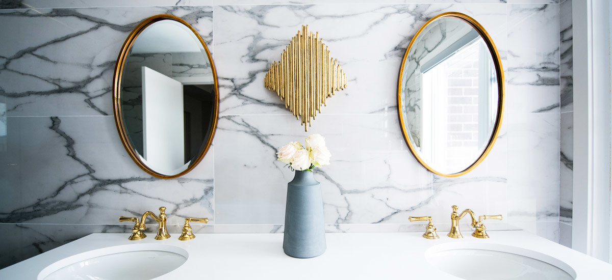 7 Thoughtful Touches for Your Guest Bathroom—All $20 or Less