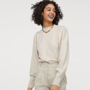 Light beige fine-knit sweater with balloon sleeves from H&M photo
