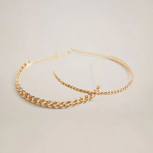 Metallic gold headband pack with chain detail from Mango photo