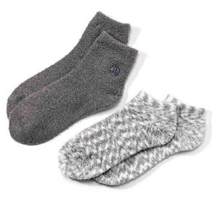 Aloe-infused fuzzy socks from Bed Bath & Beyond photo