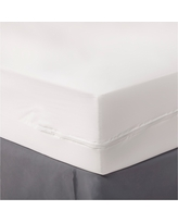 Zippered Mattress Protector White (Full) - Room Essentials