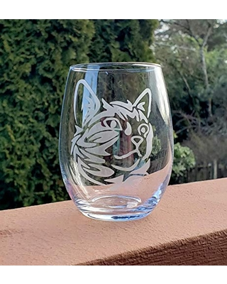 Etched cat wine glass, etched wine glass, cat glass, wine gift, wine glass feline gift, etched cat, cat wine glass, stemless wine glass, 15 oz. wine glass