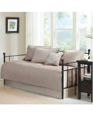 Madison Park Quebec Daybed 6 Piece Daybed Set in Khaki - Olliix MP13-3977