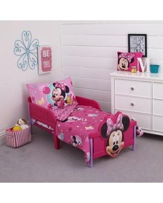 Spectacular Sales for Minnie Mouse 4-Piece Toddler Bedding Set