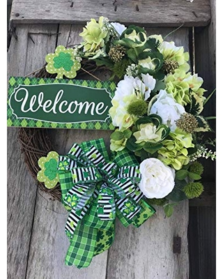 Beautiful St. Patrick's Day Irish Shamrock Welcome Grapevine Wreath for Front Door.