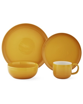Le Creuset Coupe 16-Piece Dinnerware Set with Cereal Bowl, Nectar