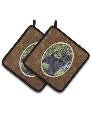 East Urban Home Scottish Terrier with Flowers Potholder East Urban Home