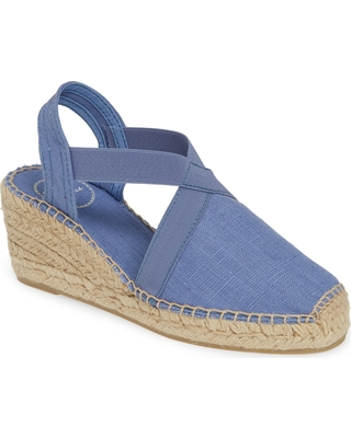 49cafcd4f4c4ba Check Out These Major Deals on Women s Toni Pons  Ter  Slingback ...