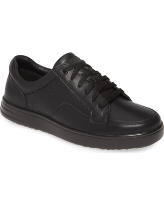 TRAQ by Alegria Baseq Low Top Sneaker, Size 8-8.5Us in Black Leather at Nordstrom