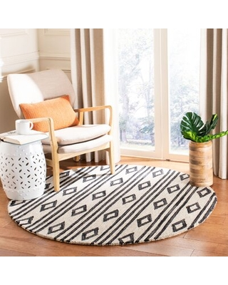 Vedika Hand-Tufted Wool Ivory/Charcoal Area Rug Union Rustic Rug Size: Round 5' x 5'