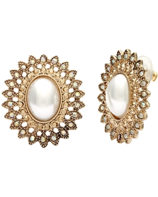 Vintage Faux Pearl and Filigree Button Earrings (Pearl)
