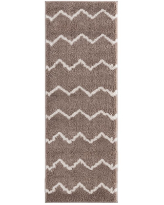 United Weavers Tranquility Galen Beige 2 ft. 7 in. x 7 ft. 2 in. Runner Rug
