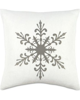 Eastern Accents Dreaming of a White Christmas Narnia Throw Pillow ATE-329