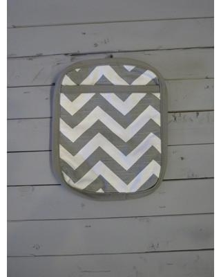 CaughtYaLookin' Chevron Potholder S77-241-51 Color: Gray and White