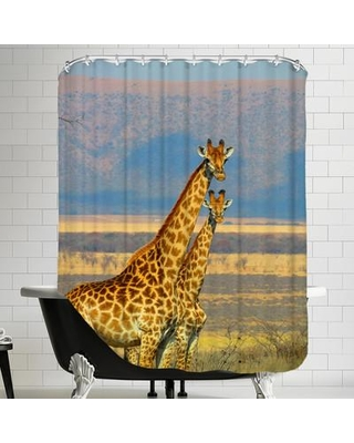 The Best Sales For East Urban Home Wildlife African Giraffe Single Shower Curtain Ftsc2326