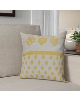 """The Holiday Aisle Hanukkah 2016 Decorative Holiday Geometric Outdoor Throw Pillow HLDY6582 Size: 18"""" H x 18"""" W x 2"""" D, Color: Yellow"""