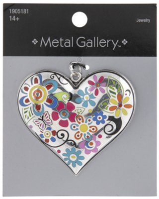 Heart With Floral Pattern Pendant