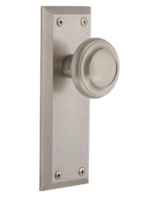 Circulaire Privacy Door Knob with Fifth Avenue Long Plate Grandeur Finish: Satin Nickel, Backset: 2.75