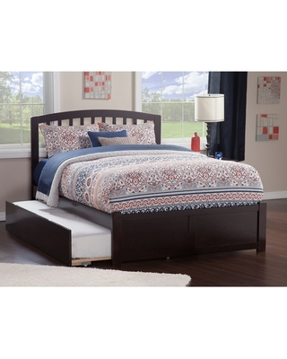 Richmond Full Platform Bed with Flat Panel Foot Board and Twin Size Urban Trundle Bed in Espresso (Full - Brown)
