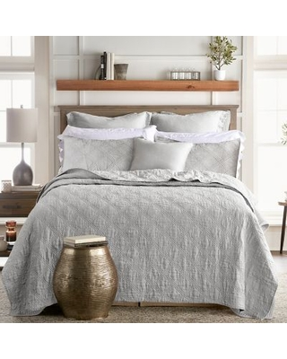 Levtex Home Washed Linen Full/Queen Quilt in Light Grey