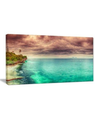 "Design Art 'Green Sunset Panorama View' Photographic Print on Wrapped Canvas PT9068- Size: 16"" H x 32"" W x 1"" D"