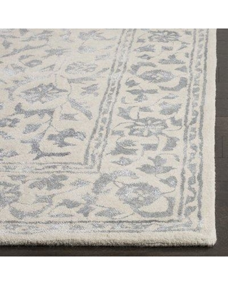 Darby Home Co Daphne Floral Handmade Tufted Wool Silver / Ivory Area Rug DRBC4889 Rug Size: Rectangle 5' x 8'