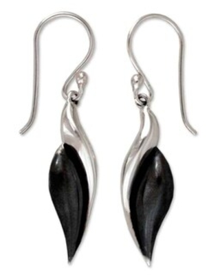 Handmade Sterling Silver 'Sinuous' Drop Earrings (Mexico)