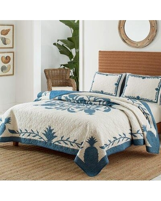 Tommy Bahama Home Aloha Pineapple Cotton Single Reversible Quilt, 100% Cotton in Blue, Size King Queen Full/Double | Wayfair USHSGR115264