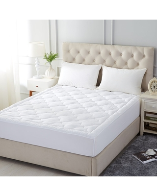 Quilted Mattress Pad Cover Stretches - Fitted Mattress Topper Cover - White (Twin)