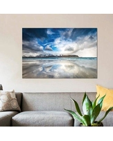 """East Urban Home 'Mirrored' Photographic Print on Canvas ESUH6174 Size: 8"""" H x 12"""" W x 0.75"""" D"""