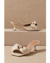 Vicenza Wharton Mules By Vicenza in White Size 6