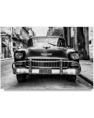 """Trademark Fine Art 'Old Chevrolet in Havana III' Photographic Print on Wrapped Canvas PH00814-C Size: 30"""" H x 47"""" W"""