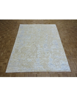 """Hand Knotted Ivory Modern with Wool & Silk Oriental Rug (7'11"""" x 10'1"""") - 7'11"""" x 10'1"""""""