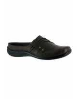Women's Holly Slide by Easy Street In Brown (Size 8 M)
