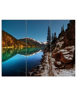 """Design Art ' Clear Lake w/ Mountains' 3 Piece Photographic Print on Wrapped Canvas Set, Canvas & Fabric in Blue, Size Medium 25""""-32"""" 