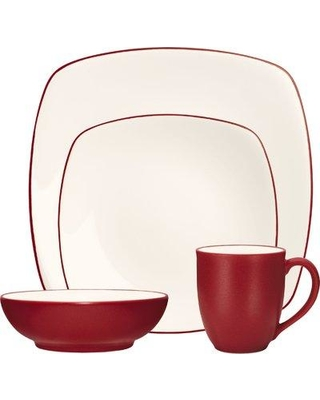 Noritake Colorwave 4 Piece Place Setting Service for 1 NTK4828 Color: Raspberry