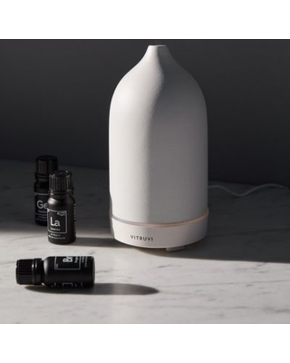 Vitruvi Essential Oil Diffuser - White at Urban Outfitters
