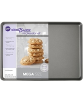 "Wilton Mega Cookie Sheet 21""X15"", Gray"