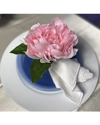 Pink flower,napkin ring. set of 4. This rustic napkin ring set is great to decor your elegant table. Handmade rustic napkin rings come in a set of 4