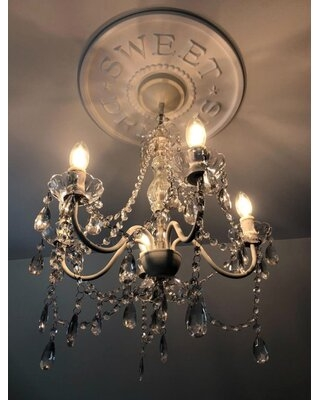 5 - Light Candle Style Classic / Traditional Chandelier with Crystal Accents