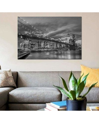 """East Urban Home 'New York X' Graphic Art Print on Canvas EBHU7522 Size: 18"""" H x 26"""" W x 1.5"""" D"""